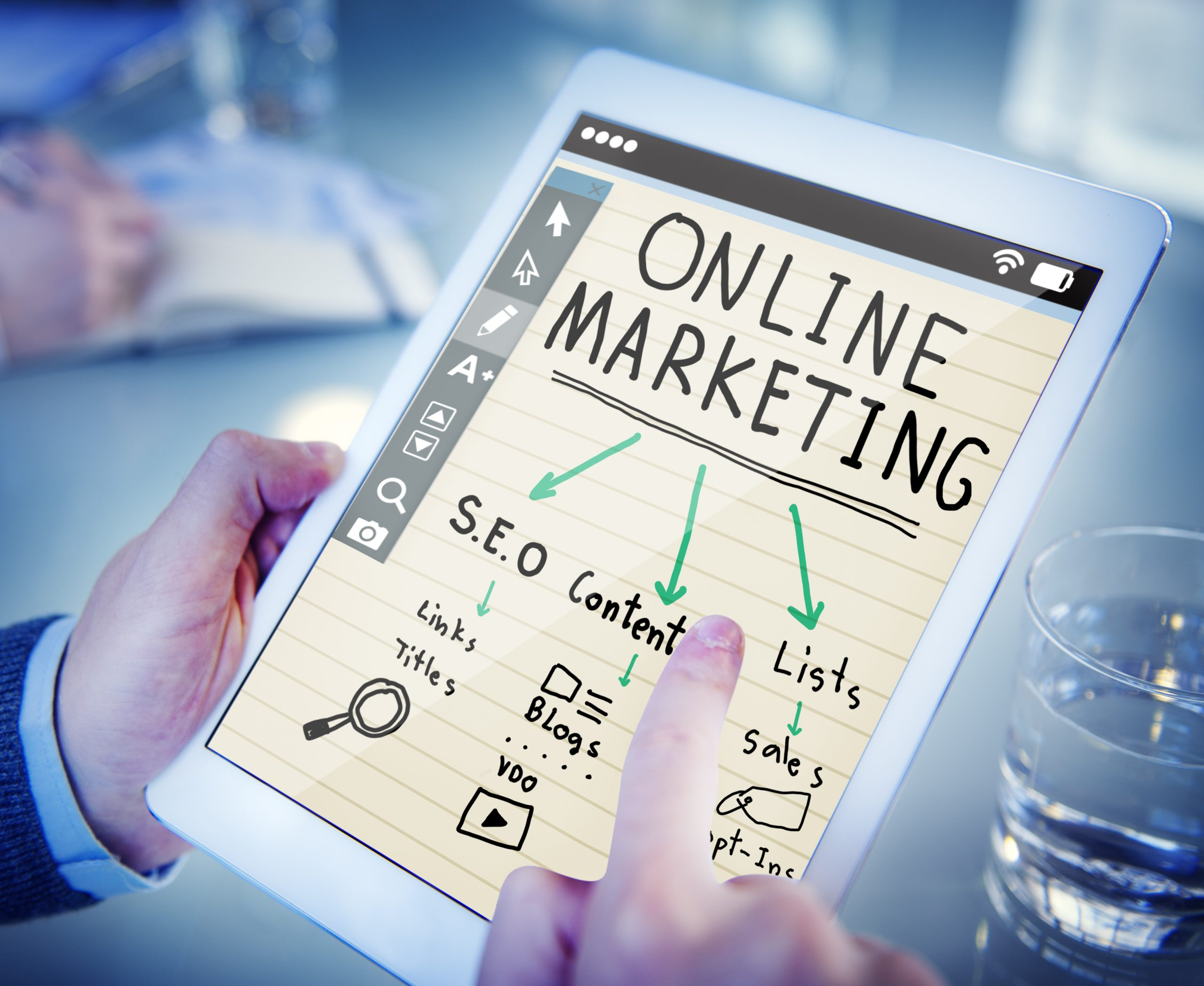 Read more about the article Insurance Omnichannel Marketing to Set a Competitive Advantage